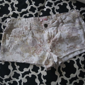 Pants - White Floral Shorts